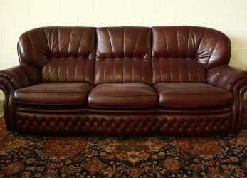 Unico Divano Chesterfield 4 Posti In Pelle Amaranto Originale Made In UK