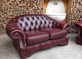 Trending Divano Chesterfield 2 Posti Originale Inglese Vintage In Vera Pelle Color Bordeaux