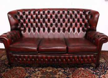 Fantastico Stupendo Divano Chesterfield Chester In Pelle Originale Inglese 3 Posti Bordeaux