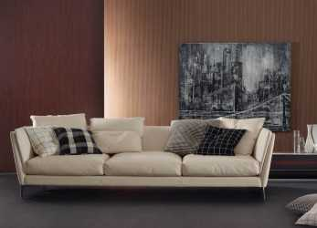 Bello Poltrona Frau Bretagne Three Seater Sofa